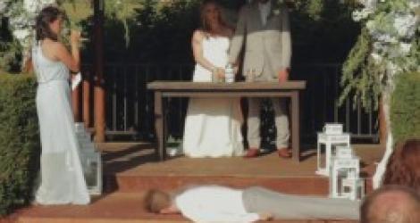 Mariage : le témoin tombe dans les pommes