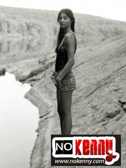 miranda-kerr-nude-04.jpg
