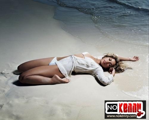 shakira-bikini-02.jpg